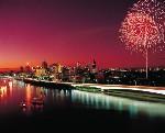 ブリスベン川に上がる花火