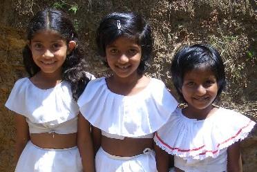 スリランカの少女たち