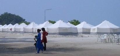 モルディブ被災地のテント