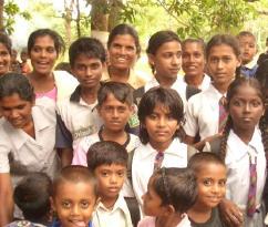 農村部水供給プロジェクトの受益者たち